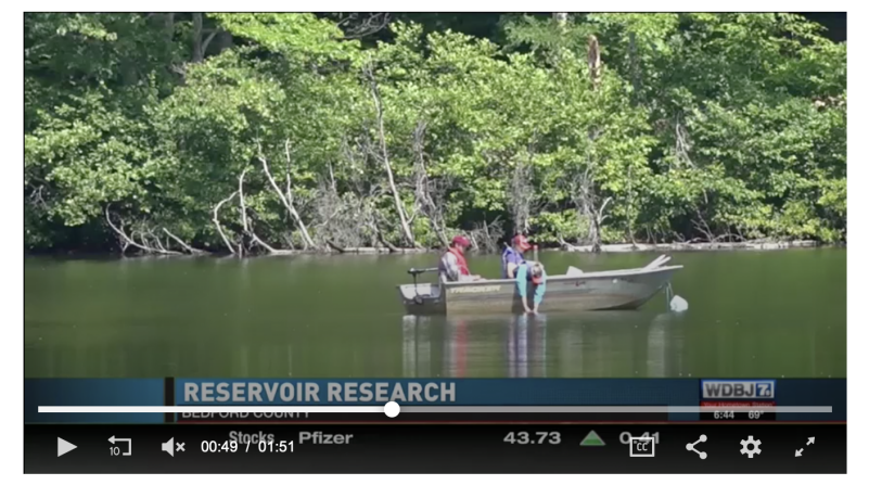 researchers_in_boat